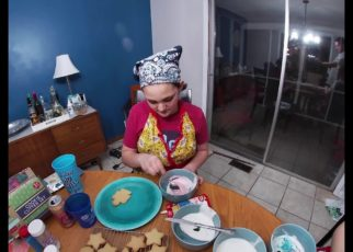 yt 57393 Making Christmas Cookies 2019 322x230 - Making Christmas Cookies 2019