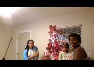yt 63512 Christmas Festivities Bake Off Ginger Bread HousePJs 322x230 - Christmas Festivities (Bake Off) (Ginger Bread House)(PJs)