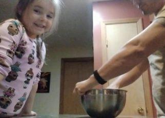 yt 68406 Adadsays and kiddo make bread 322x230 - Adadsays and kiddo make bread