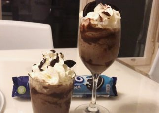 yt 70376 How to make COOKIES OREO ICE BLENDED SIMPLE AND DELICIOUS DRINK COOKIES XAY 322x230 - How to make COOKIES OREO ICE BLENDED - SIMPLE AND DELICIOUS DRINK   COOKIES ĐÁ XAY