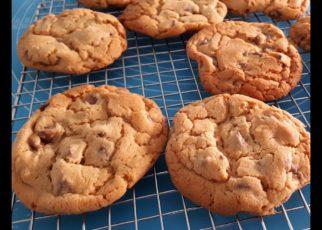 yt 99250 How to make Jumbo Chewy Chocolate Chip Cookies 322x230 - How to make - Jumbo Chewy Chocolate Chip Cookies