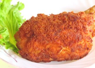 yt 239820 Cooking Crispy Fried Chicken Leg with Bread Crumbs Deo Countryside 322x230 - Cooking Crispy Fried Chicken Leg with Bread Crumbs / Deo Countryside