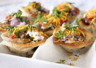 yt 242360 Bread katori chaat Indian Food RecipesHow to Make Katori Chaat Recipe 322x230 - Bread katori chaat / ब्रेड कटोरी चाट - Indian Food Recipes|How to Make Katori Chaat Recipe