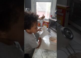 yt 252707 Kyle making pancakes with Dad 322x230 - Kyle making pancakes with Dad