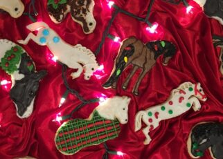 yt 252887 How to make Christmas horse cookies without a horse cookie cutter 322x230 - How to make Christmas horse cookies  without a horse cookie cutter