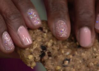 yt 263877 Cooper Street 36 Individually Wrapped Granola Bake Cookies on QVC 322x230 - Cooper Street 36 Individually Wrapped Granola Bake Cookies on QVC