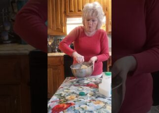 yt 266479 Southern Hoe CakePoneBakedBread Pineview Grandmas RecipeDELICIOUS 322x230 - Southern Hoe Cake,=Pone=Baked=Bread/ Pineview Grandmas Recipe/DELICIOUS